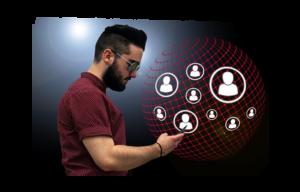 Uomo con icone social
